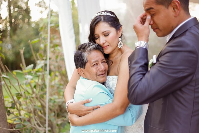 VICKY & GABRIEL FOTOGRAFO DE BODAS QUITO WEDDING PHOTOGRAPHER QUITO BODAS QUITO BODA EN LA LOMITA_-103