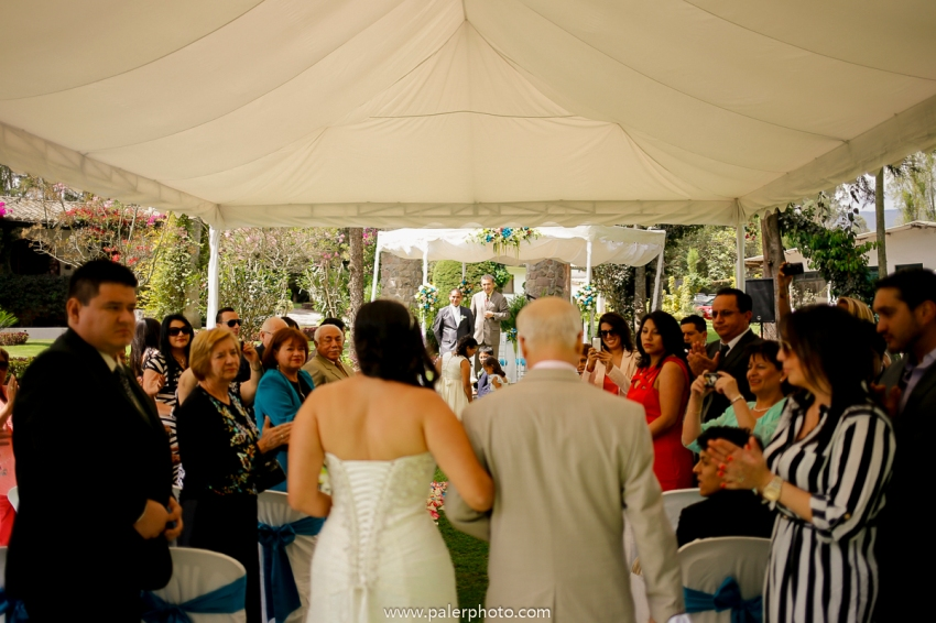 VICKY & GABRIEL FOTOGRAFO DE BODAS QUITO WEDDING PHOTOGRAPHER QUITO BODAS QUITO BODA EN LA LOMITA_-34