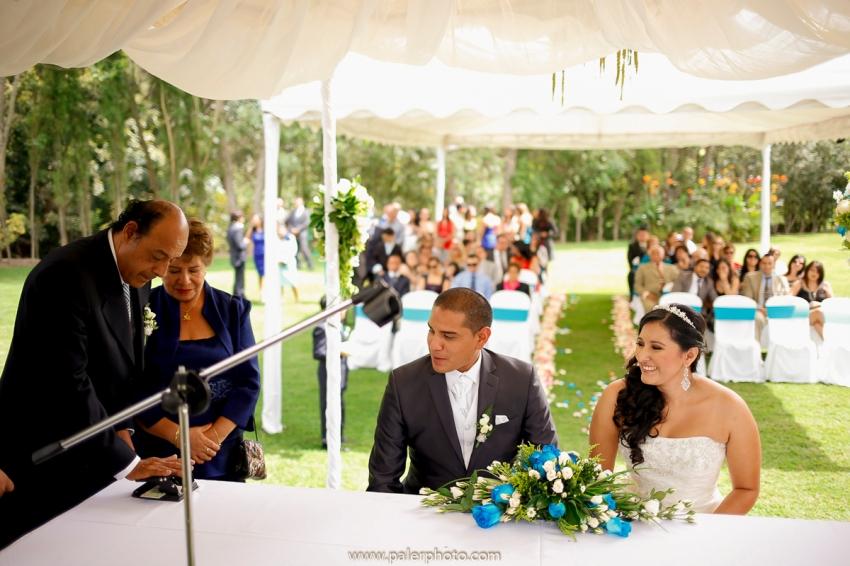 VICKY & GABRIEL FOTOGRAFO DE BODAS QUITO WEDDING PHOTOGRAPHER QUITO BODAS QUITO BODA EN LA LOMITA_-40