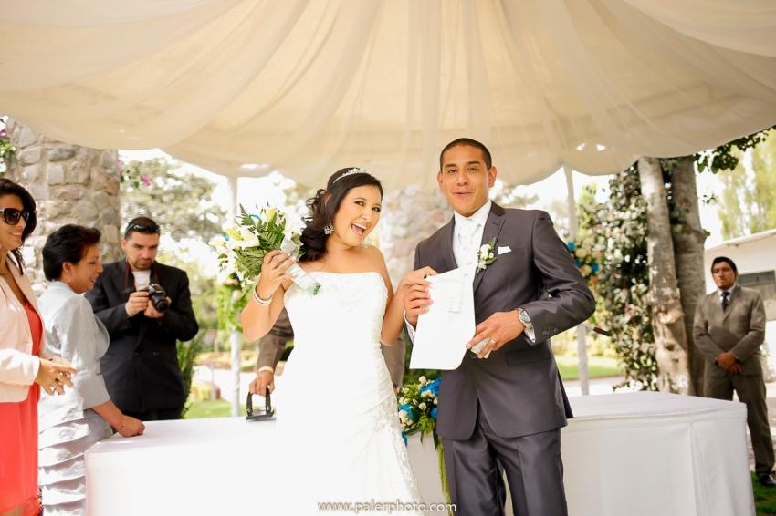 VICKY & GABRIEL FOTOGRAFO DE BODAS QUITO WEDDING PHOTOGRAPHER QUITO BODAS QUITO BODA EN LA LOMITA_-45