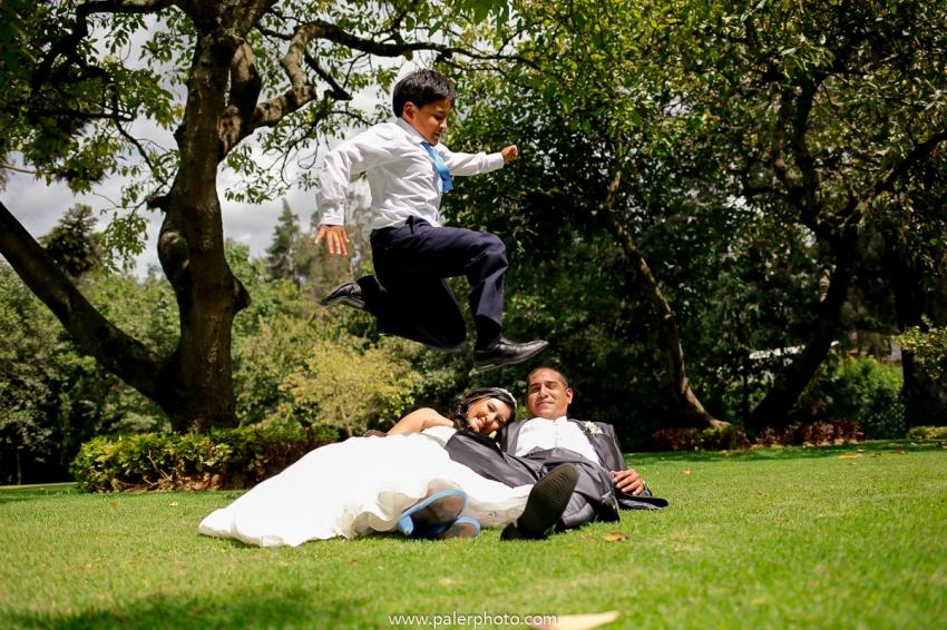 VICKY & GABRIEL FOTOGRAFO DE BODAS QUITO WEDDING PHOTOGRAPHER QUITO BODAS QUITO BODA EN LA LOMITA_-54