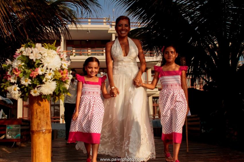 BODAS EN PALMAZUL - WEDDING PALMAZUL - PALMAZUL SAN CLEMENTE - PALMAZUL ECUADOR - DESTINATIO WEDDING PALMAZUL - PALERMO FOTOGRAFO PALMAZUL - BODAS EN LA PLAYA-15