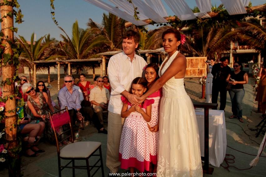 BODAS EN PALMAZUL - WEDDING PALMAZUL - PALMAZUL SAN CLEMENTE - PALMAZUL ECUADOR - DESTINATIO WEDDING PALMAZUL - PALERMO FOTOGRAFO PALMAZUL - BODAS EN LA PLAYA-20