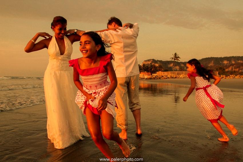 BODAS EN PALMAZUL - WEDDING PALMAZUL - PALMAZUL SAN CLEMENTE - PALMAZUL ECUADOR - DESTINATIO WEDDING PALMAZUL - PALERMO FOTOGRAFO PALMAZUL - BODAS EN LA PLAYA-32