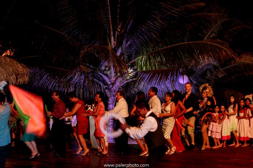 BODAS EN PALMAZUL - WEDDING PALMAZUL - PALMAZUL SAN CLEMENTE - PALMAZUL ECUADOR - DESTINATIO WEDDING PALMAZUL - PALERMO FOTOGRAFO PALMAZUL - BODAS EN LA PLAYA-95