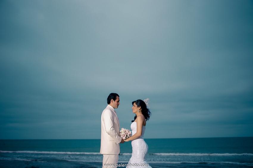 PALERMO FOTOGRAFO DE BODAS ECUADOR- MATRIMONIO EN CIUDAD DEL MAR - WEDDING PHOTOGRAPHER MANTA CIUDAD DEL MAR-24