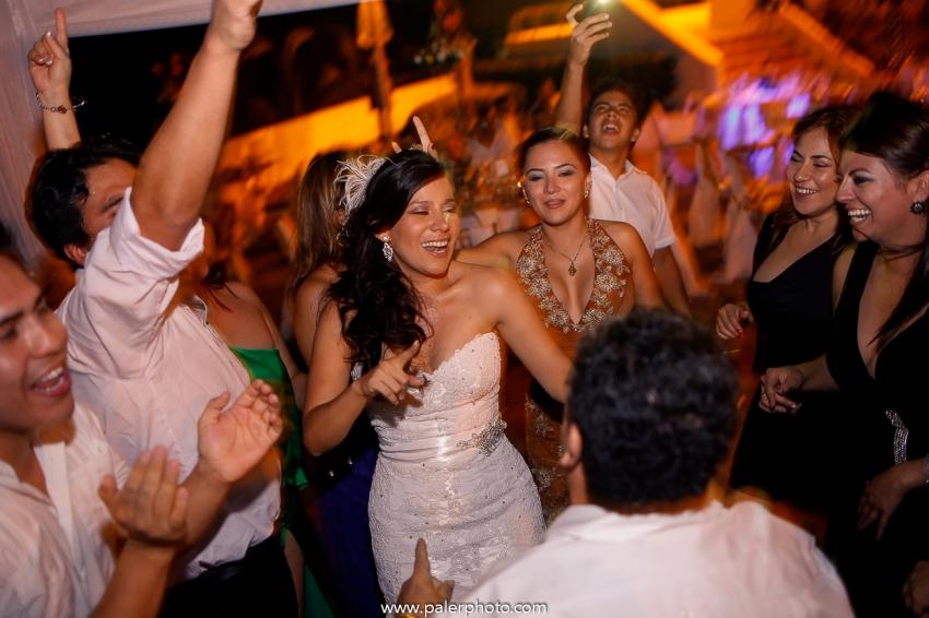 PALERMO FOTOGRAFO DE BODAS ECUADOR- MATRIMONIO EN CIUDAD DEL MAR - WEDDING PHOTOGRAPHER MANTA CIUDAD DEL MAR-49