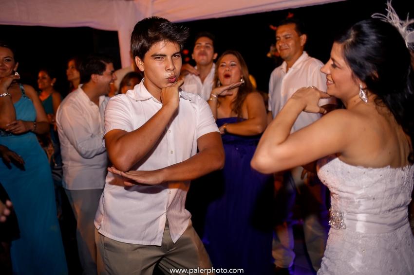 PALERMO FOTOGRAFO DE BODAS ECUADOR- MATRIMONIO EN CIUDAD DEL MAR - WEDDING PHOTOGRAPHER MANTA CIUDAD DEL MAR-52
