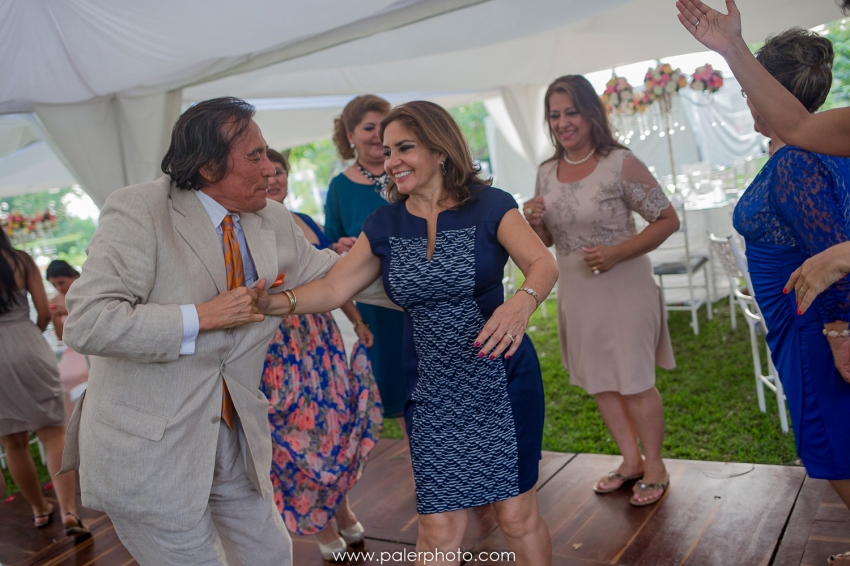 CAROLINA + CLIMACO- BODA EN PORTOVIEJO-JARDIN BOTÁNICO-MANTA-BODA EN MANABI-DESTINAION WEDDING ECUADOR_-39